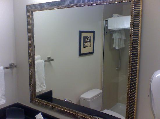 Καθρέπτης Μπάνιου 4