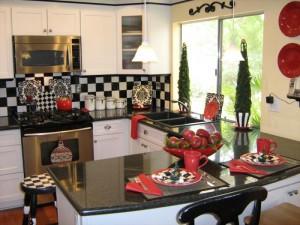 Μοντέρνα χριστουγεννιάτικη διακόσμηση κουζίνας
